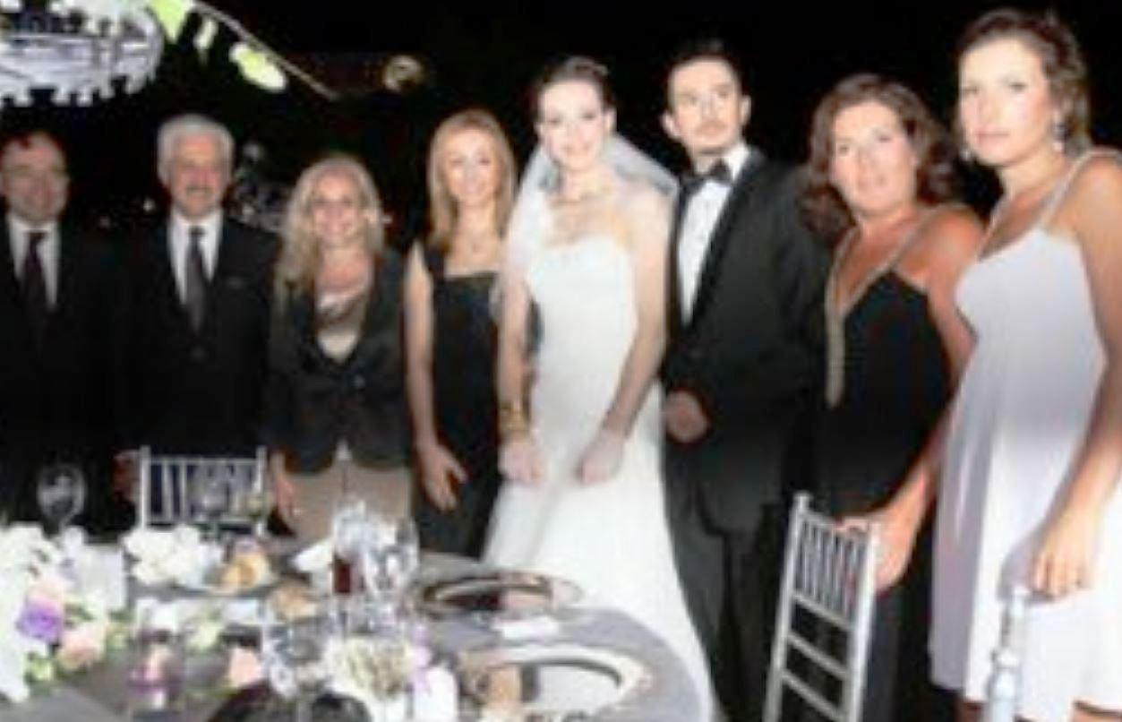 Eda Erdem Dündar Ailesi ve Eşi